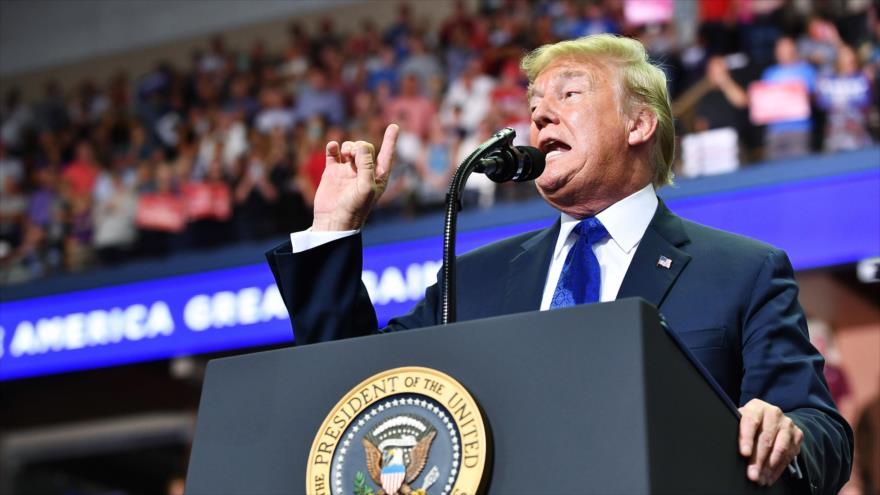 El presidente de EE.UU., Donald Trump, en un mitin en la ciudad de Southaven, en el estado de Misisipi, 2 de octubre de 2018, Foto: AFP.