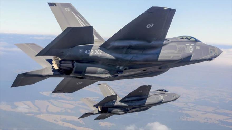 Aviones de combate F-35 Sleath Fighter.