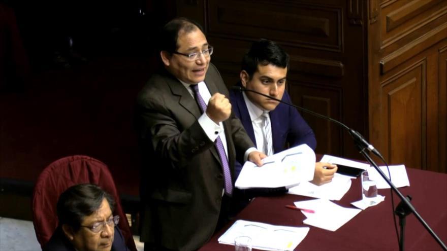 El Congreso de Perú levanta inmunidad al juez César Hinostroza