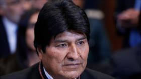 Morales busca diálogo con Chile y fortalece opciones portuarias