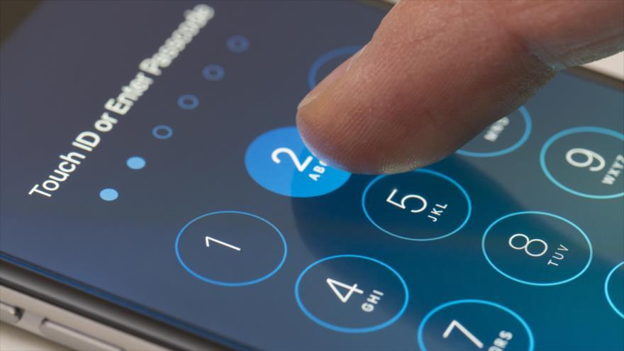 Un teléfono celular iPhone, de la compañía Apple.