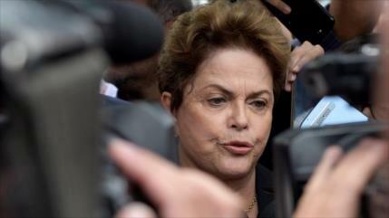 "Rousseff tacha de ""peligrosísima"" la candidatura de Bolsonaro"