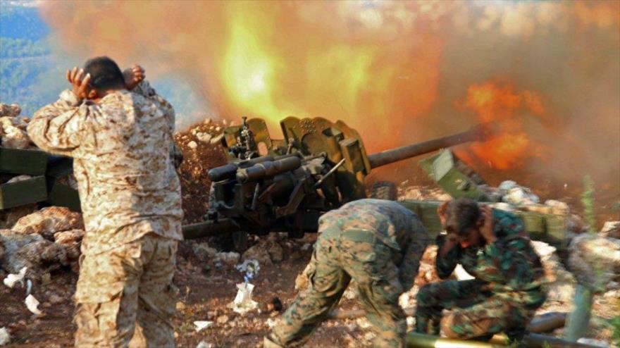 Vídeo: Ejército sirio ataca posiciones terroristas en Latakia