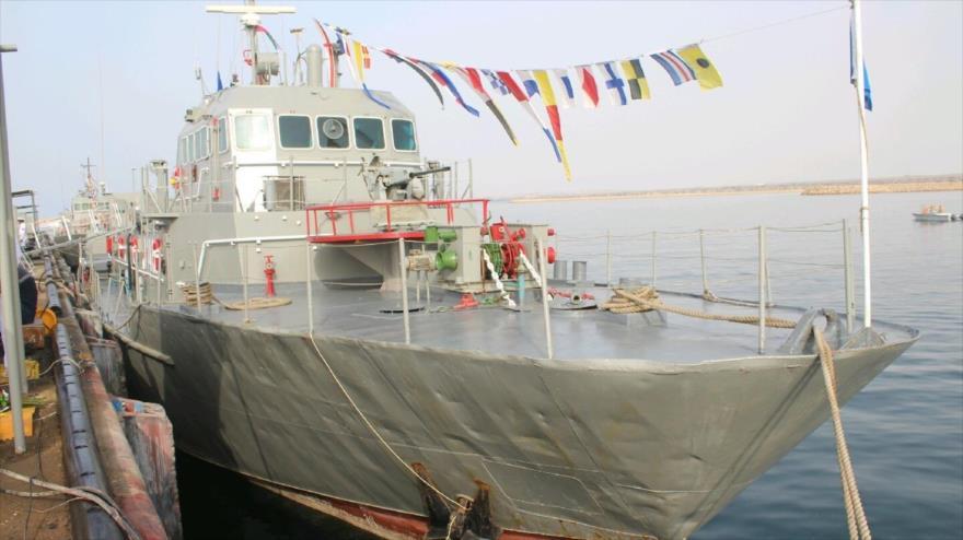 Buque lanzamisiles llamado Konarak, botado al agua en la ciudad homónima de Konarak, en el sureste de Irán, 8 de octubre de 2018. (Foto: IRIB)
