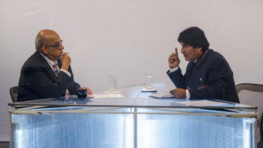 Morales afirma que La Haya tuvo miedo de obligar a Chile a dialogar