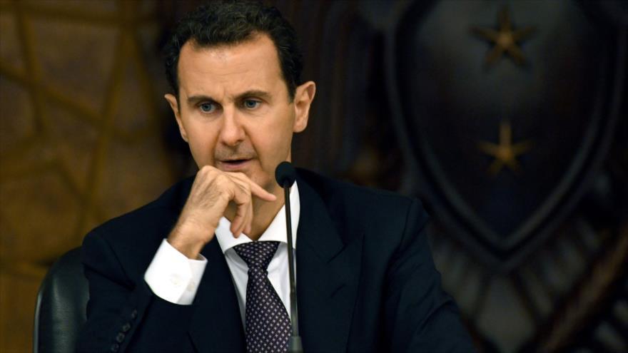 El presidente sirio, Bashar al-Asad, habla en una reunión del Comité Central del Partido Baas Árabe Socialista, 7 de octubre de 2018. (Foto: SANA).