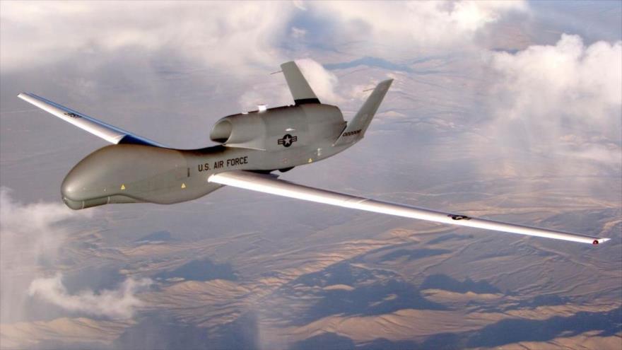 Avión no tripulado de vigilancia aérea RQ-4 global Hawk de EE.UU.