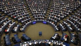 Eurocámara pide a UE sancionar a países que venden armas a Riad