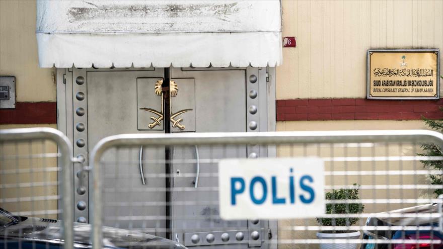 La entrada principal del consulado de Arabia Saudita en Estambul, 9 de octubre de 2018 (Foto: AFP).
