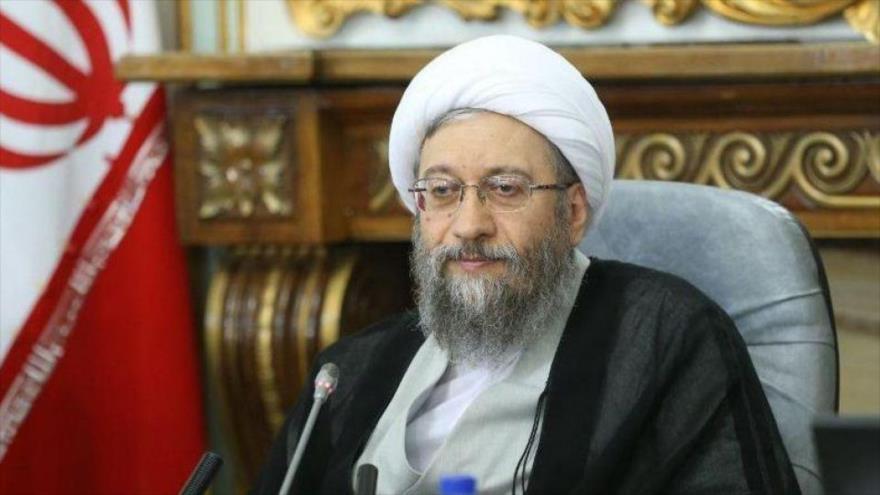 El jefe del Poder Judicial iraní, el ayatolá Sadeq Amoli Lariyani.