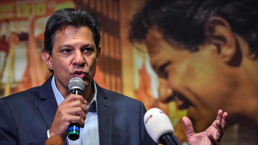 El candidato presidencial del brasileño Partido de los Trabajadores, Fernando Haddad, en Sao Paulo, 10 de octubre de 2018. (Fuente: AFP)