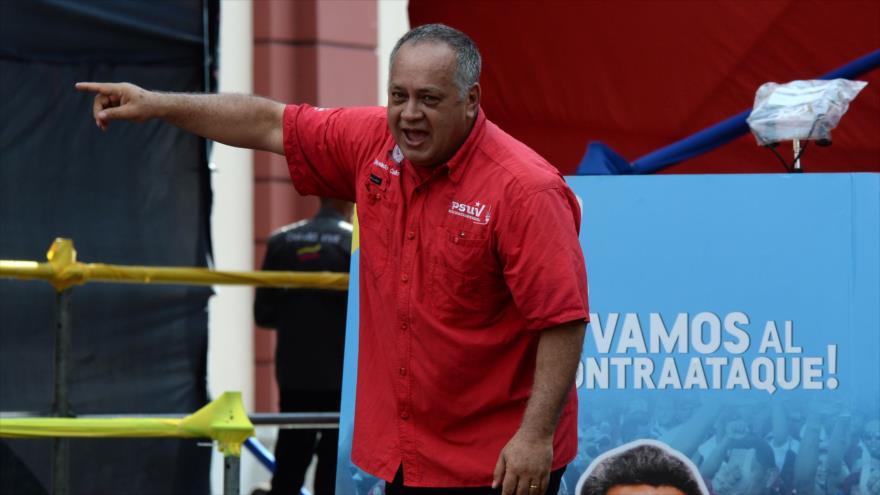 """Cabello denuncia """"show"""" de la oposición con muerte de concejal"""