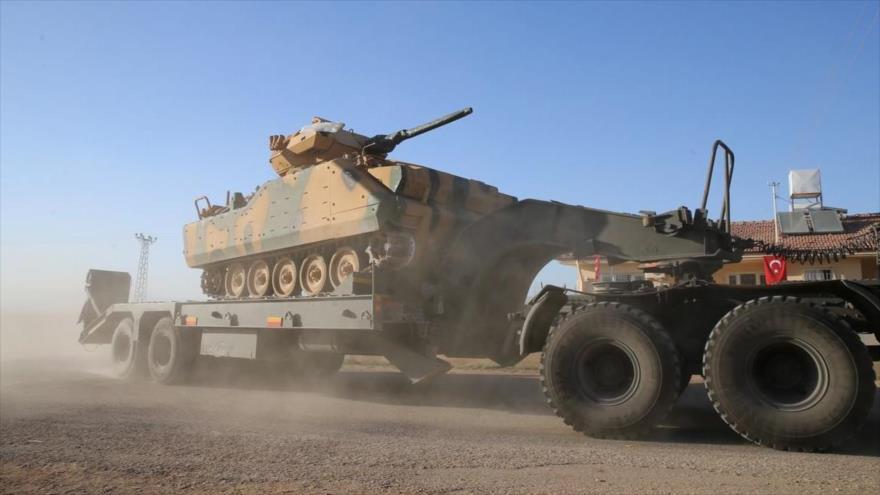 Turquía instala gran base militar sobre una montaña que da a Siria