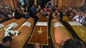 Egipto condena a muerte a 17 personas por ataques contra iglesias