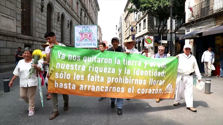 Mexicanos marchan contra corrupción inmobiliaria