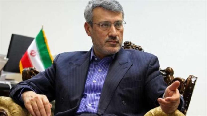 El embajador de Irán en el Reino Unido, Hamid baeidineyad.