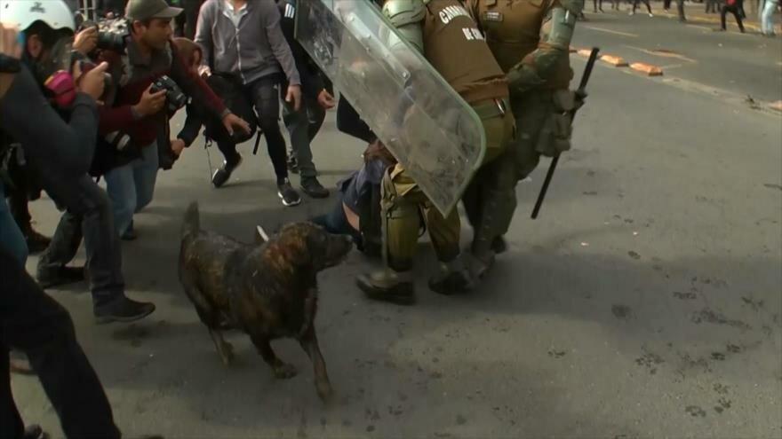 """Plan """"Aula Segura"""" omite denuncias de violencia policial en Chile"""