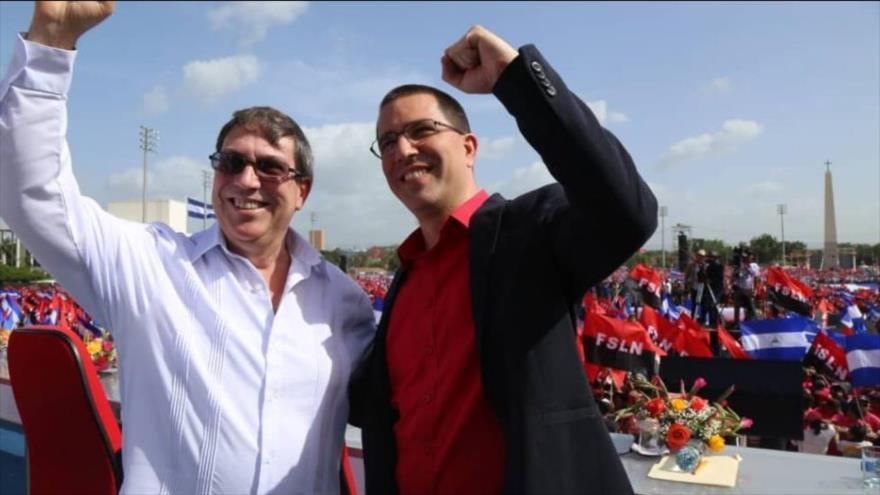 Cancilleres de Cuba y Venezuela, Bruno Rodríguez (i) y Jorge Arreaza, respectivamente, reiteraron la solidaridad con Nicaragua.