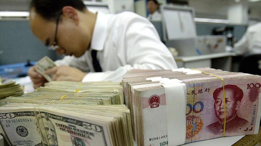 China se beneficia de la caida del yuan que se ha devaluado hasta un 9 % con respecto al dólar desde abril de 2018.