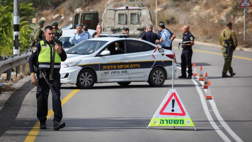 Vídeo: Colono israelí atropella a dos palestinos en Cisjordania