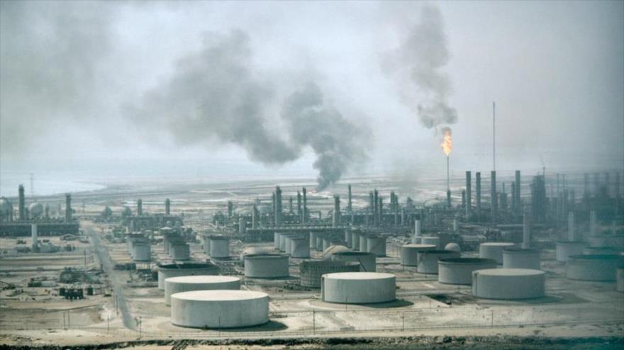 'Arabia Saudí podría subir a $ 200 precio de crudo si EEUU lo sanciona'