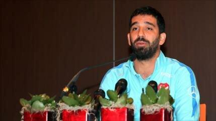 Exjugador del Barcelona se expone a 12 años de cárcel por 'acoso'