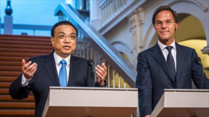 China promete apoyar libre comercio ante el proteccionismo de EEUU