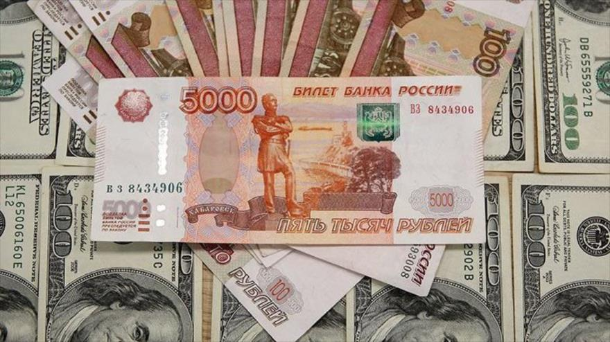 Rusia elabora plan secreto para liberar su economía del dólar
