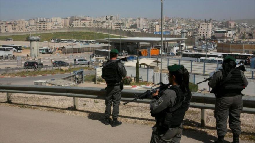 """Una policía israelí dispara a palestino desarmado por """"diversión"""""""