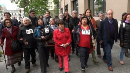 Efecto Bolsonaro agita a los oficiales golpistas en Chile