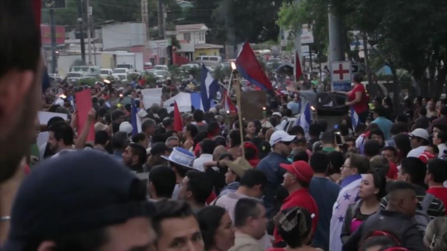 Hondureños protestan en favor de caravana de migrantes