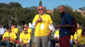 Italianos se reúnen en Roma en un acto del Movimiento 5 Estrellas