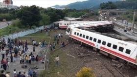 Al menos 18 muertos y 132 heridos al descarrilar un tren en Taiwán