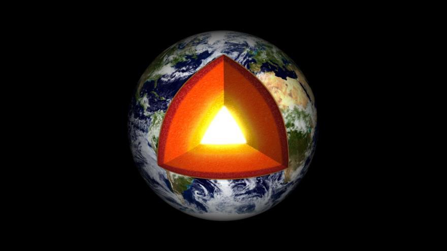 Un estudio confirma que el núcleo interno de Tierra es sólido   HISPANTV