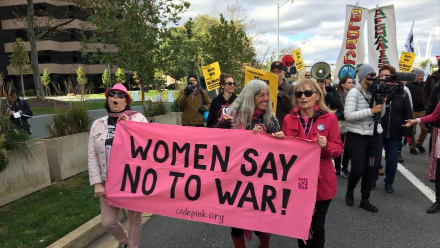 Estadounidenses piden cierre de bases de Washington en extranjero