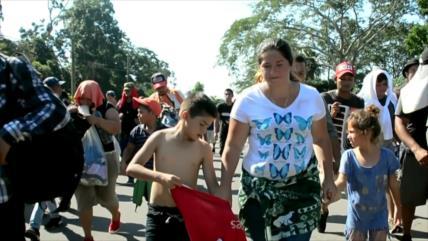 Migrantes hondureños vuelven a su país por no poder entrar a México