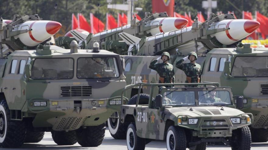 """China tacha de """"chantaje"""" su inclusión en el Tratado INF por Trump"""