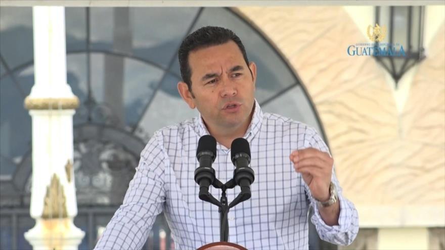 Presidentes de EEUU, Guatemala y Honduras criminalizan inmigrantes