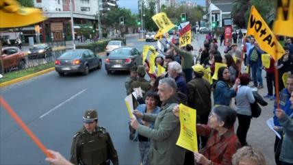 Chilenos reactivan protestas por nuevo sistema de pensiones