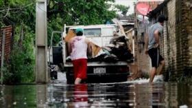 Subida del río afecta a familias pobres de Paraguay