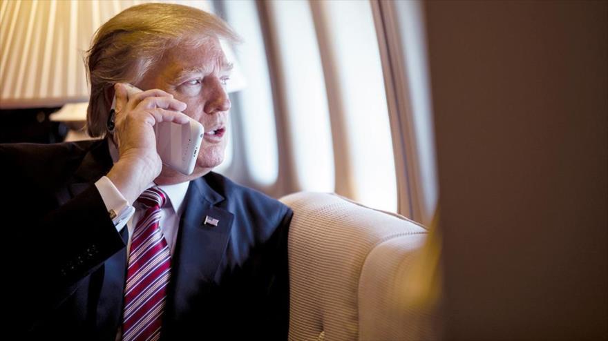 Informe: Espías de China y Rusia escuchan llamadas de Trump | HISPANTV