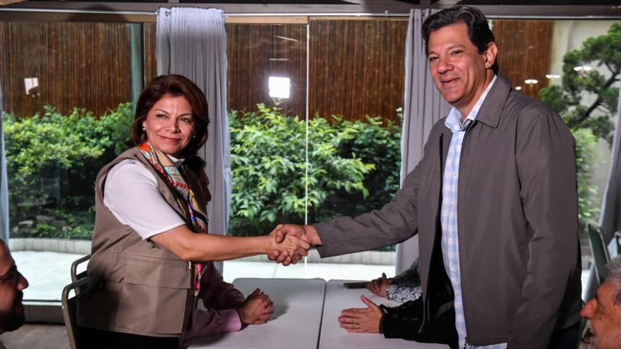 Haddad denuncia 'fake news' ante OEA y alerta de voto a Bolsonaro