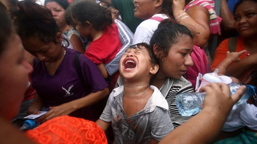 Unicef: 2300 niños de la caravana de migrantes corren peligros
