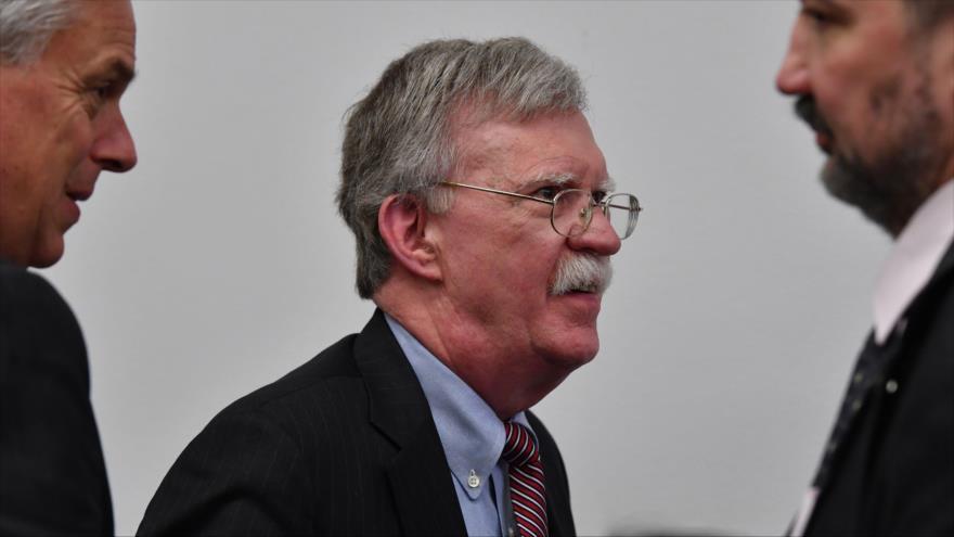 Bolton avisa a Moscú que misiles chinos apuntan a 'corazón' de Rusia