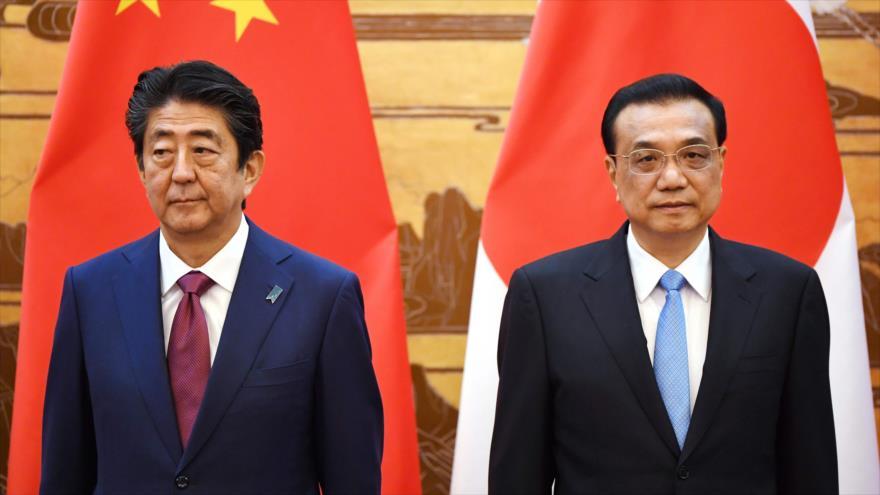 Japón y China retan el dólar pactando canje de monedas nacionales