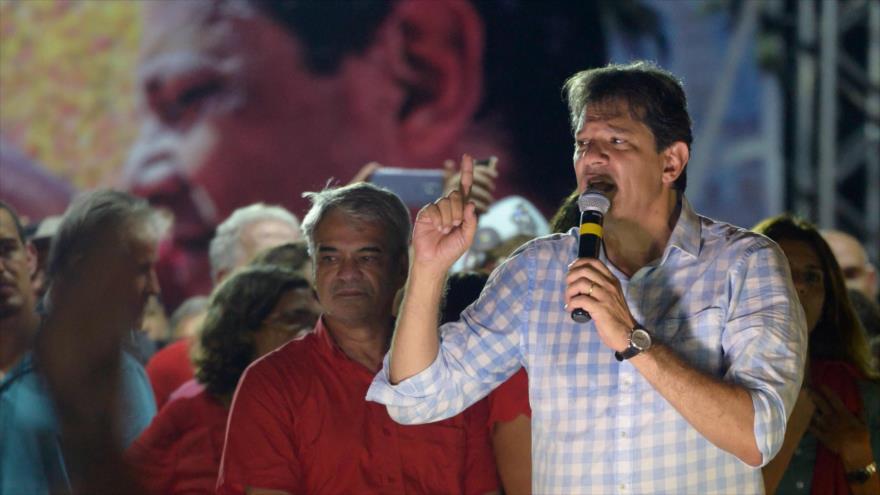 Haddad advierte: El Brasil de Bolsonaro sería peor que el de Temer