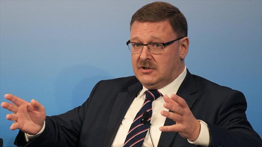 El presidente del Comité de Asuntos Exteriores del Consejo de la Federación Rusa (el Senado), Konstantin Kosachev.