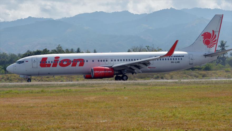Avión indonesio se estrella con 189 pasajeros a bordo