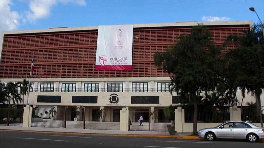 Dominicanos advierten de leyes que amenazan libertad de prensa
