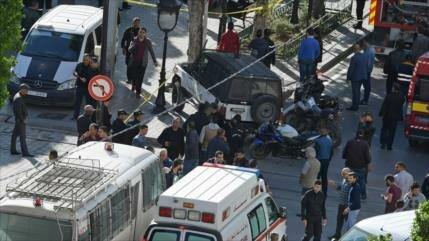 Vídeo: Ataque suicida de una kamikaze deja 9 heridos en Túnez